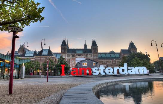 Pick of the Real Deals: An Amsterdam Bargain!