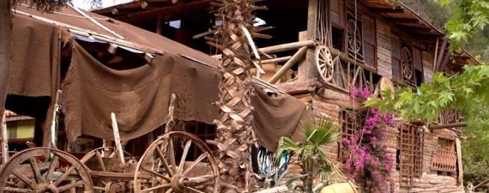 Kadir's Treehouses