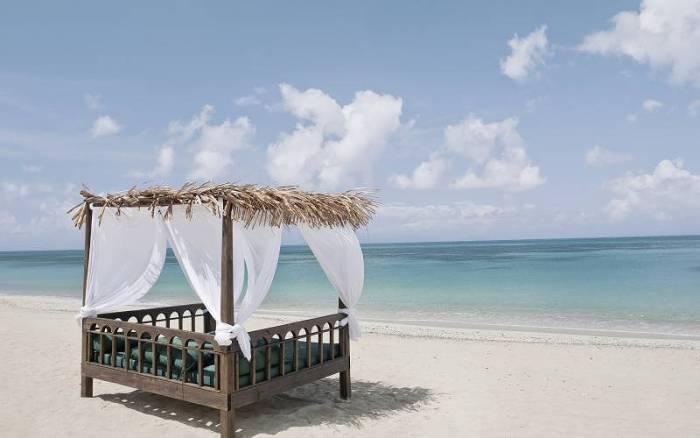 Keyonna Beach Bali Bed
