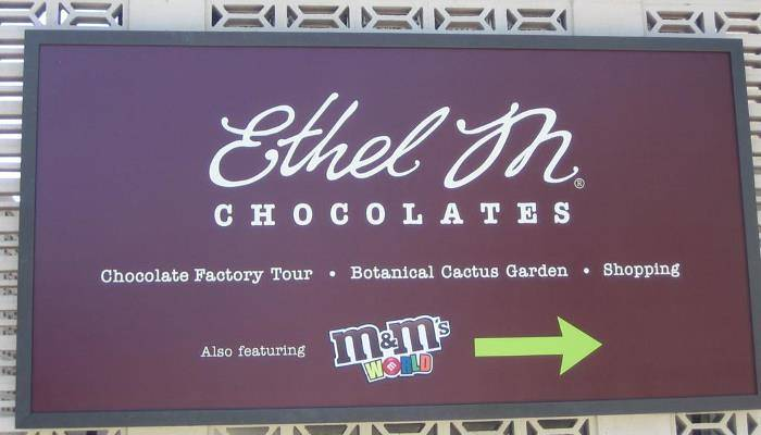 picture of a chocolate sign