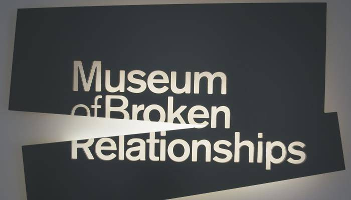 picture of broken relationships museum logo