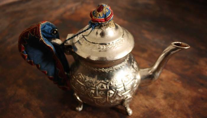 picture of an moroccan teapot