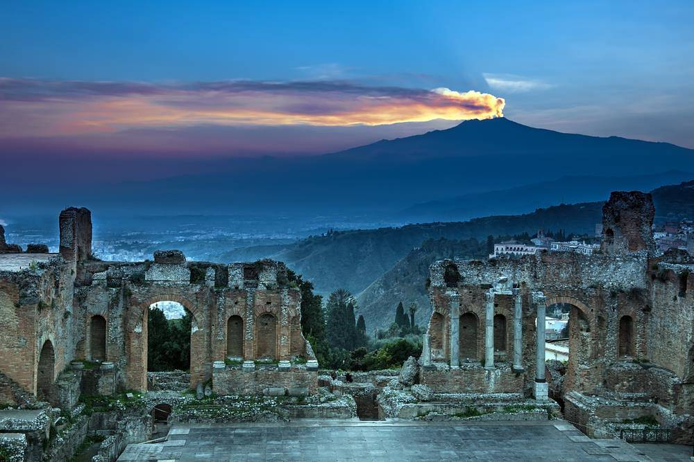 picture of Mount Etna